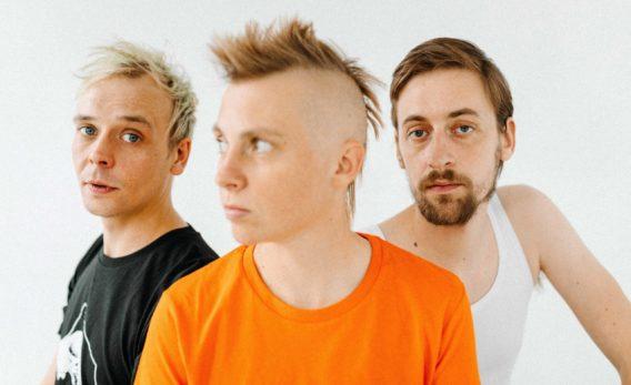 """Ostberlin Androgyn - """"Wir sind back"""" Video   EP """"Im Osten nichts Neues"""" erscheint Freitag (16.04.21)"""